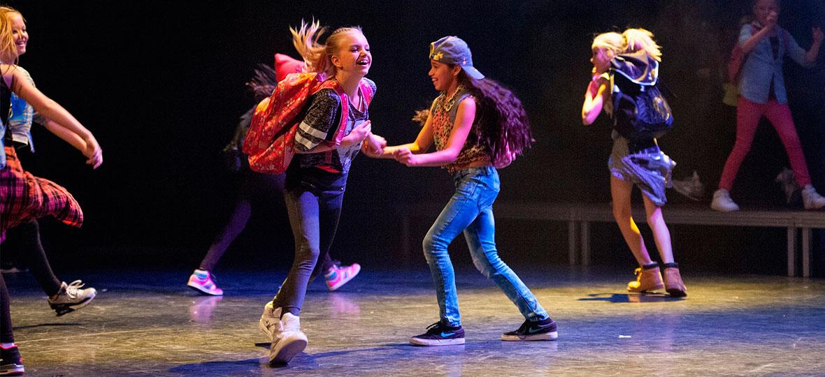 Tolerantes Dinslaken - Projekte 2018 - Tanz durch die Kulturen